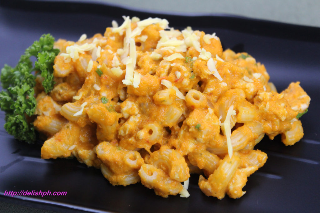 Macaroni with Creamy Carrot Sauce
